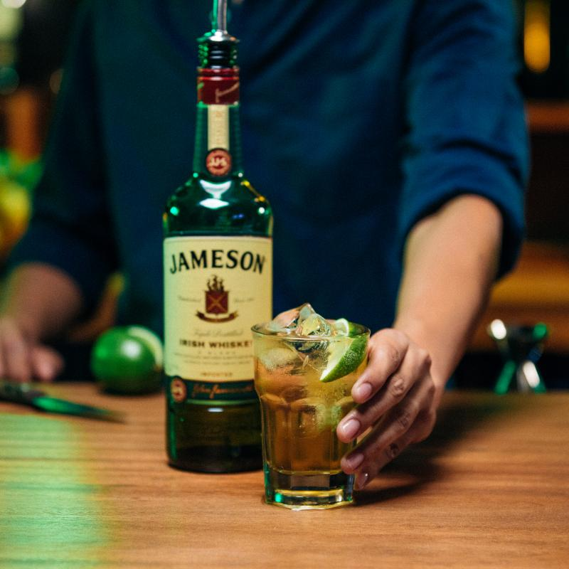 Jameson and Ginger Cocktail Social Post